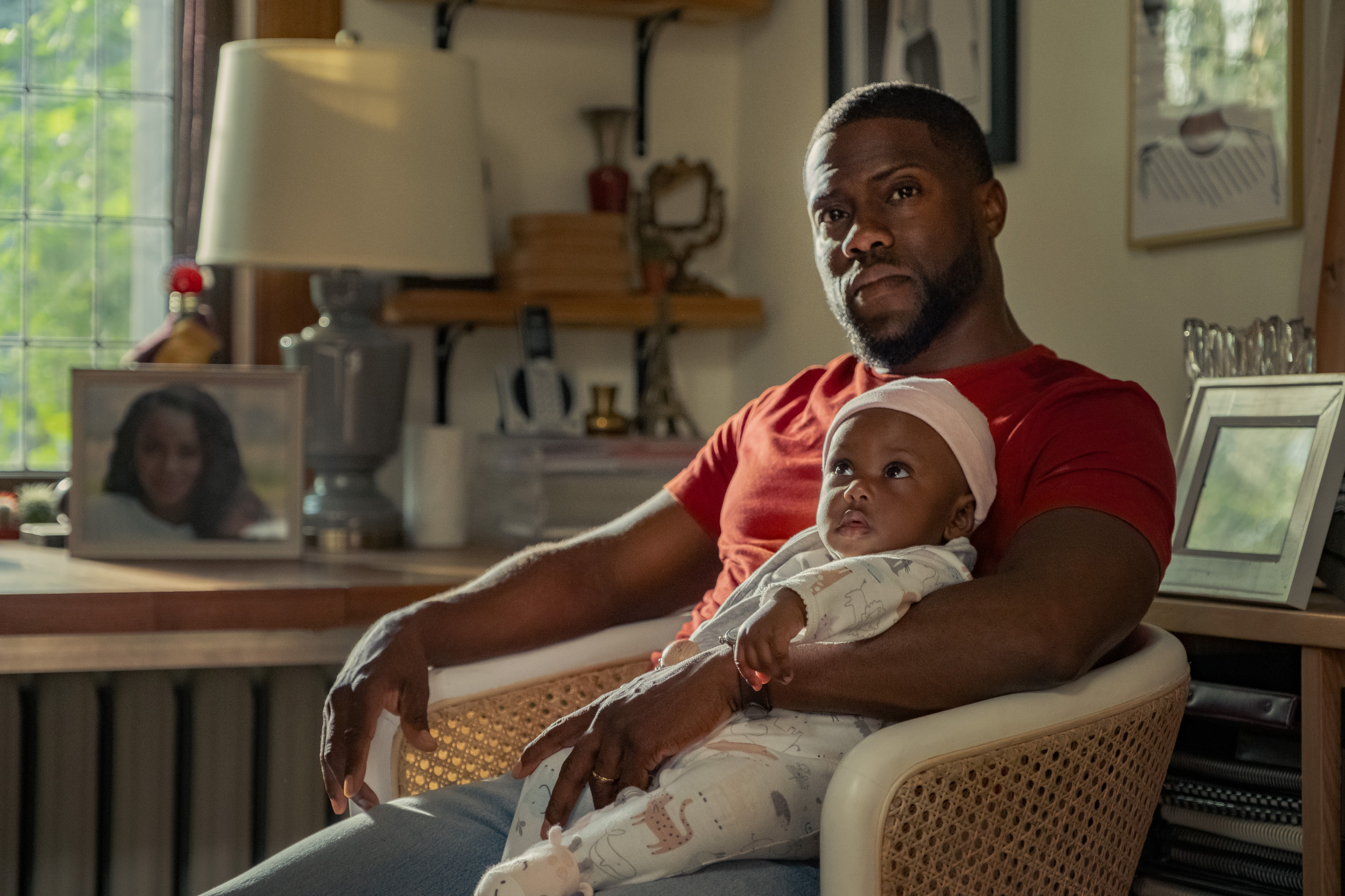 Kevin Hart starring in the new Netflix movie, Fatherhood.