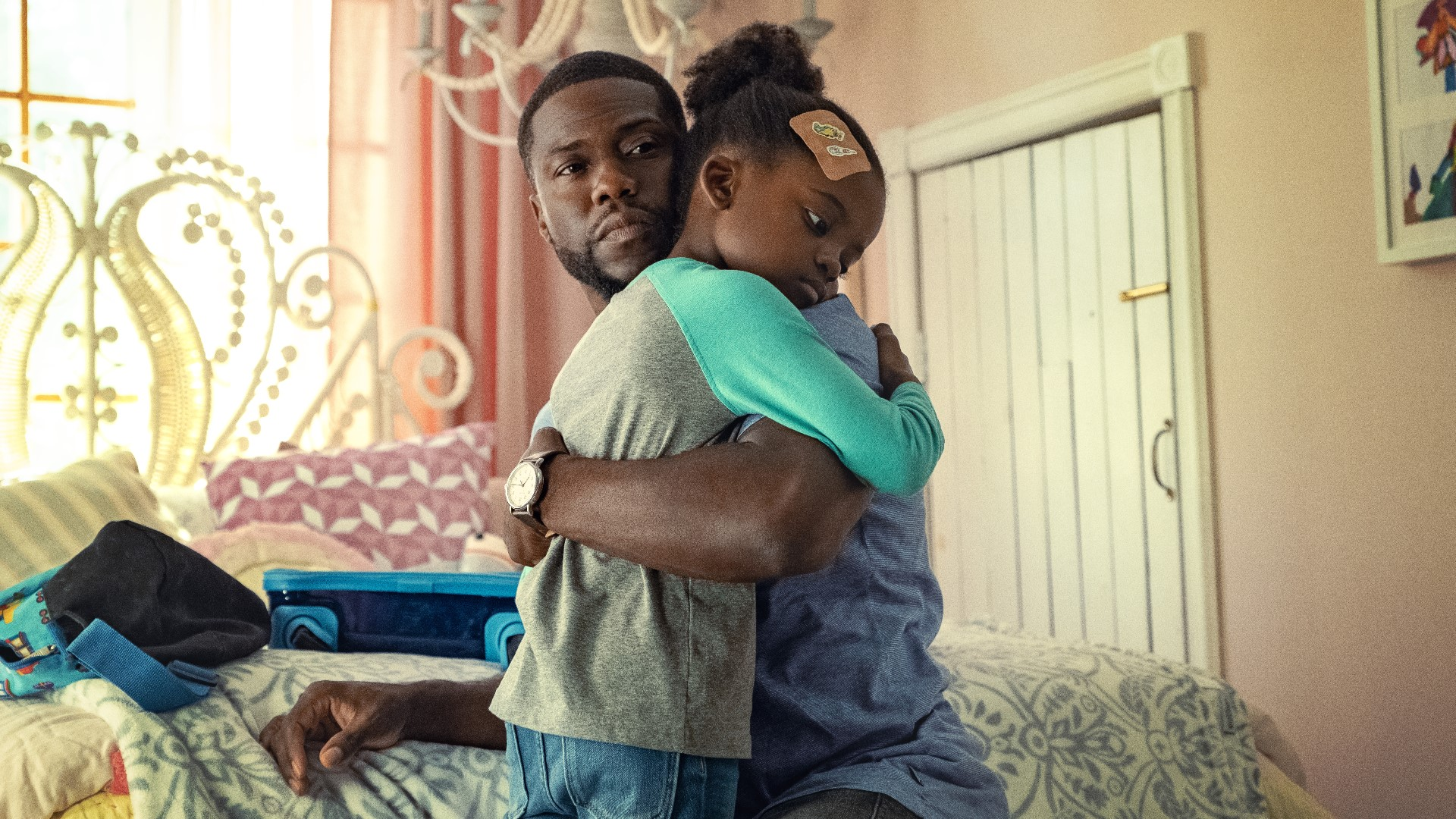 Kevin Hart playing the role of Logelin in the movie Fatherhood.